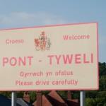 Pont-Tyweli-660